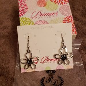 Miss Daisy earrings
